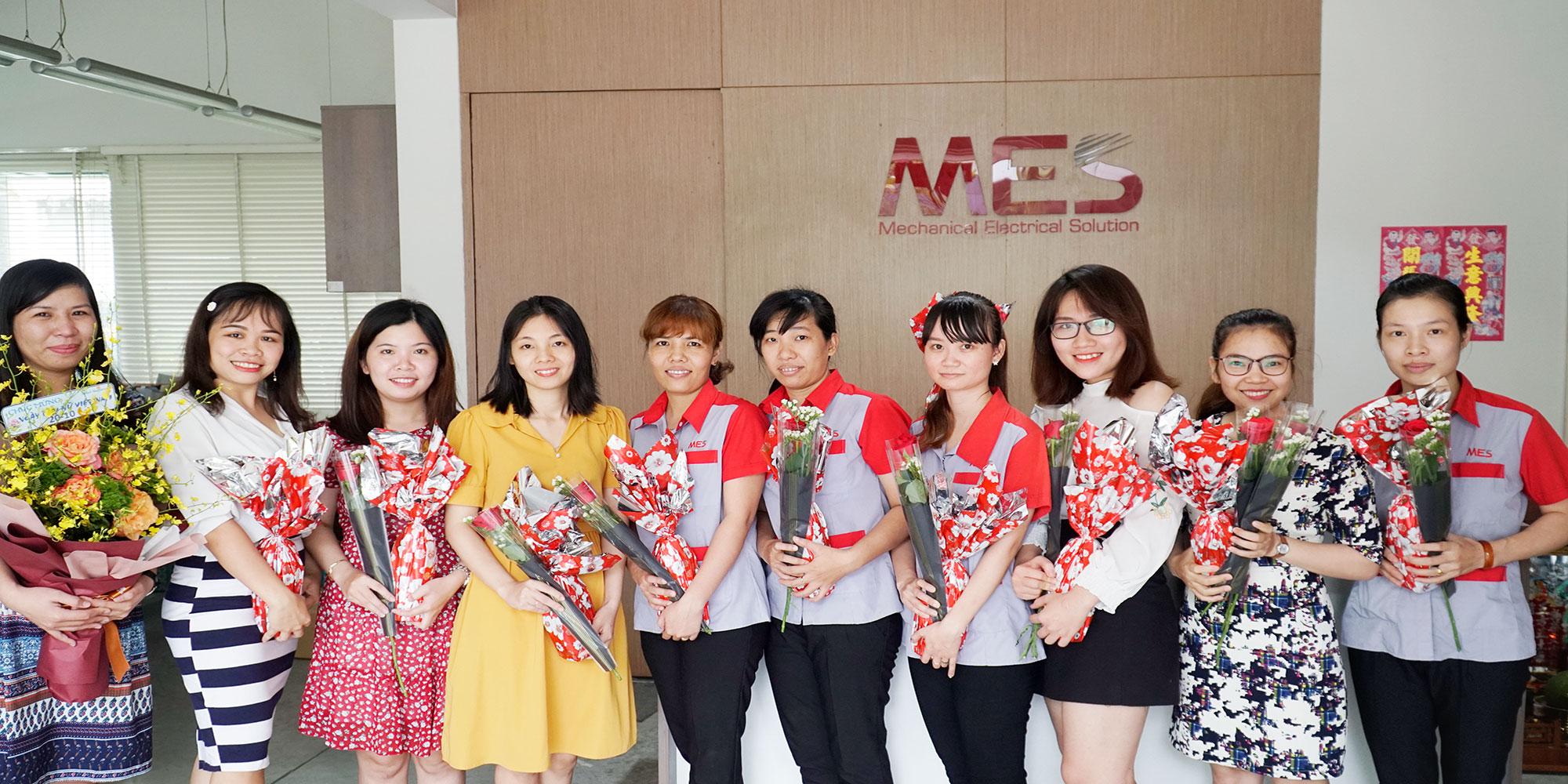 Mes chào mừng ngày phụ nữ  Việt Nam 20-10