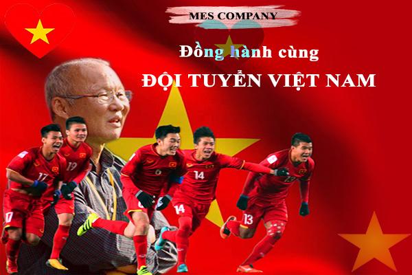 Mes cỗ vũ tinh thấn thi đấu cho đội tuyển bóng đá Việt Nam